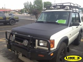 Land Rover Discovery hood protection