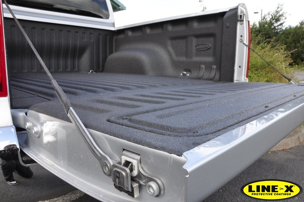 Spray On Truck Bed Liner >> Pickup Truck Bed Liners | LINE-X UK