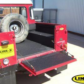 Land Rover load liner black LINE-X