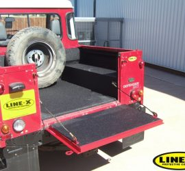 Land Rover load liner black LINE-X
