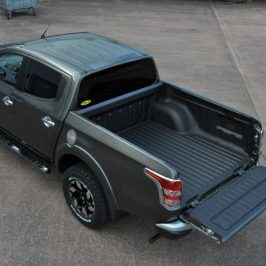 Mitsubishi L200 Bed Liner Application in Warp Speed!