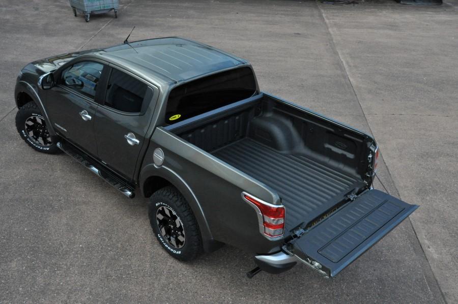 Mitsubishi L200 Bed Liner Application In Warp Speed