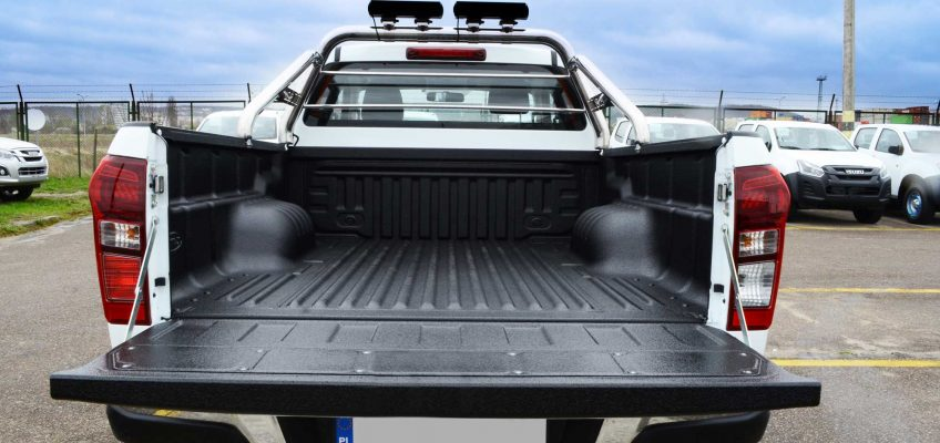 LINE-X and Isuzu Poland team up to offer customers the best in truck bed protection